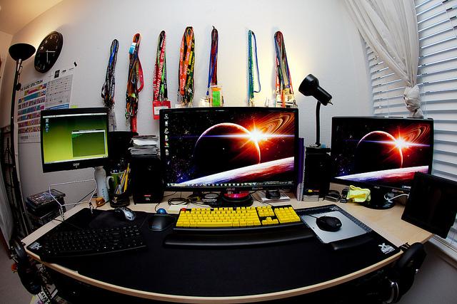 Ordenador nuevo o de segunda mano que debo de comprar - Mesas ordenador segunda mano ...
