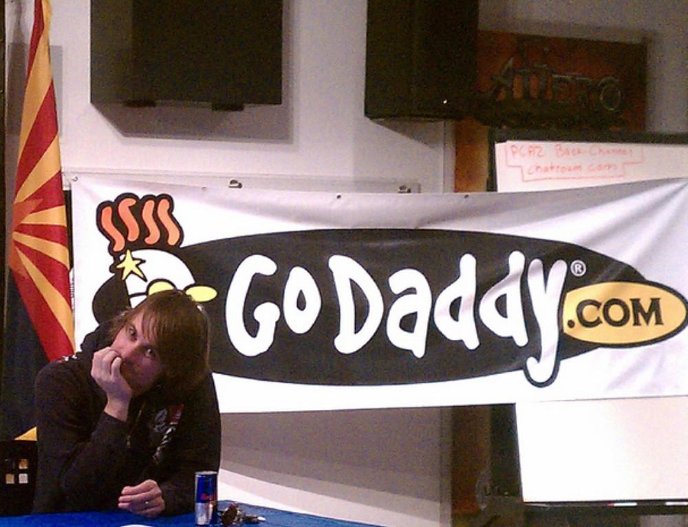 Hosting Godaddy vs 1and1 desde mi experiencia personal
